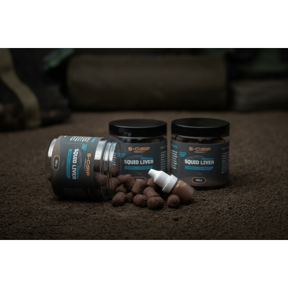 S-Carp Product Squid Liver - Cold Water - Hookbait & Activator - dumbell (súlyzó) formájú csalizó bojli aktivátorral