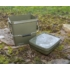 Kép 2/3 - Trakker 13 Litre Olive Square Container - 13 liters szögletes műanyag vödör, belső tálcával